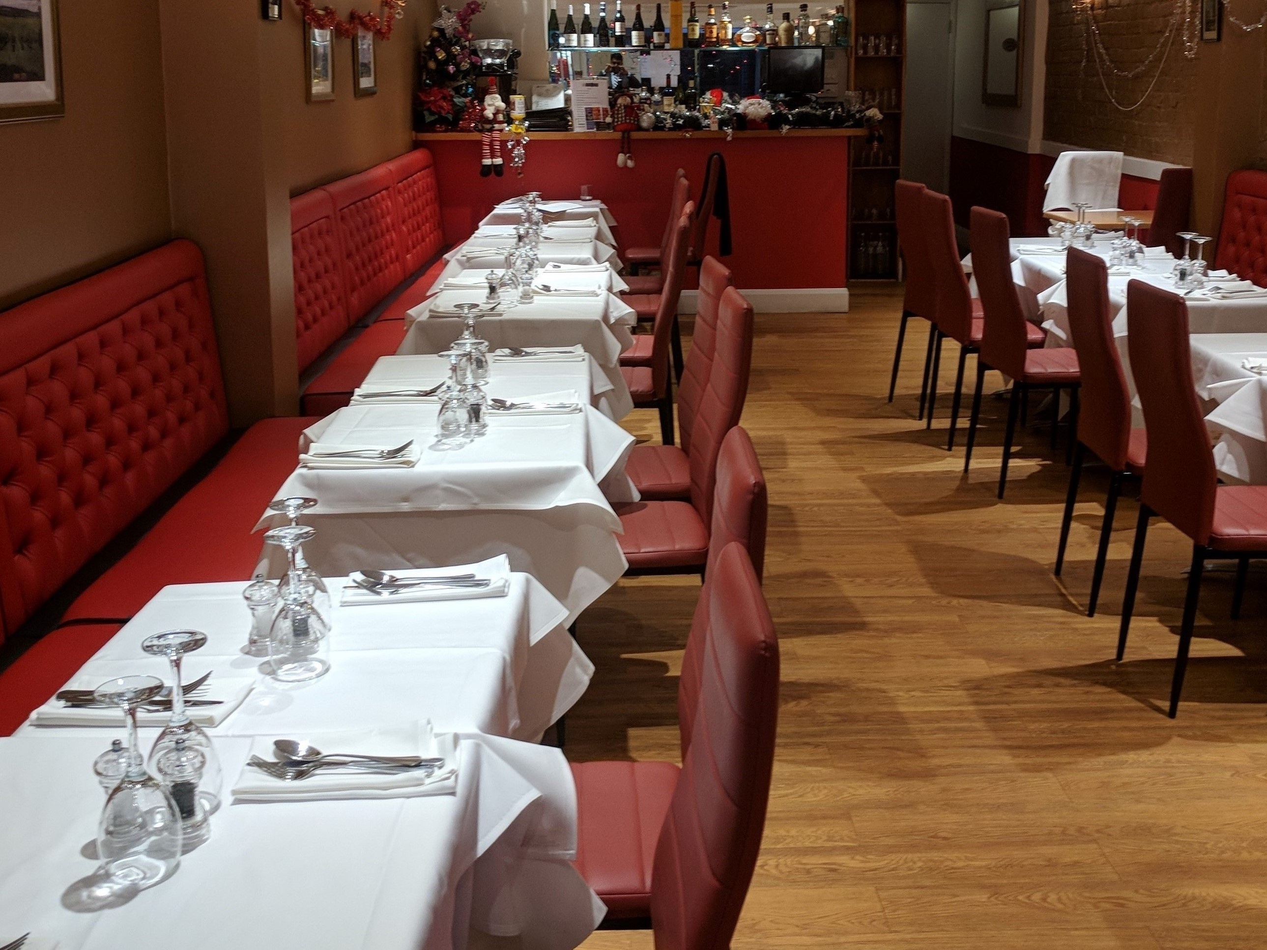 Well established European and British cuisine restaurant in Surrey