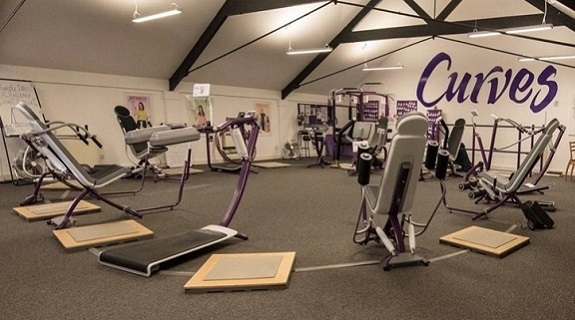 Curves -   A Busy Female Only Fitness Centre - Hampton (TW12)