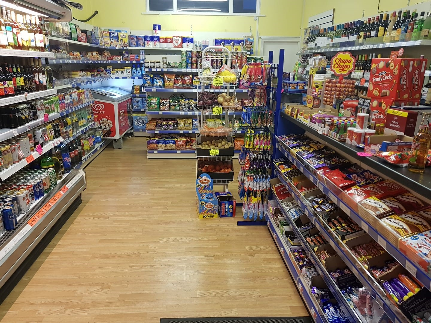 Thriving Food & Wine shop for sale