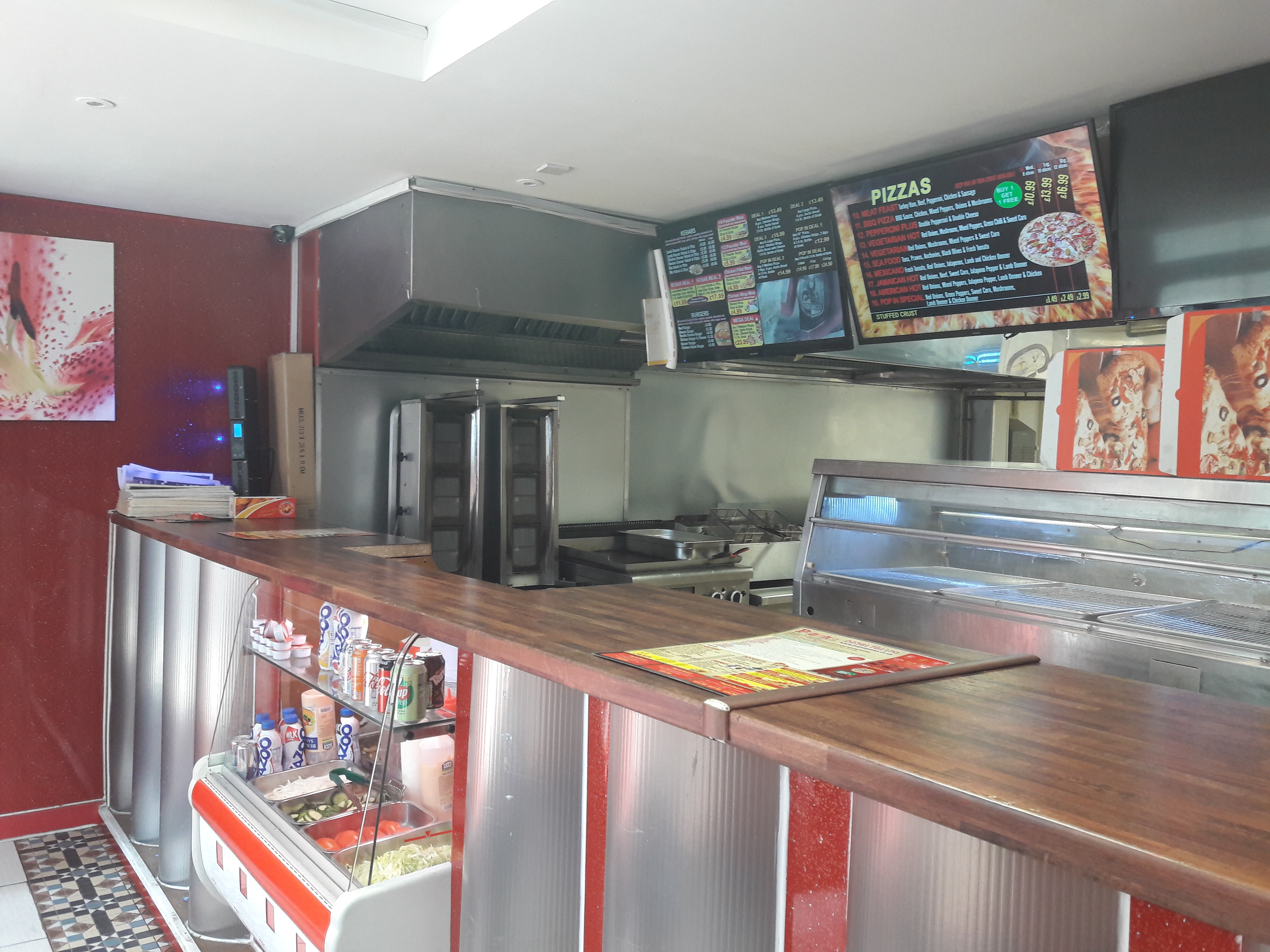 Thriving pizza & kebab takeaway in Southampton city centre