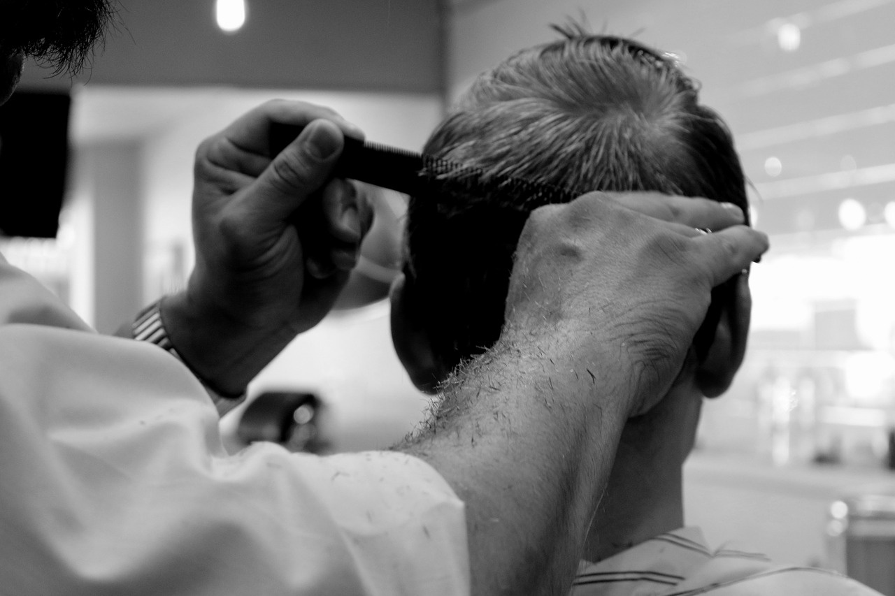 Walk into an Established Barber Shop SW London